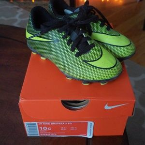 Junior Nike Bravata Cleats